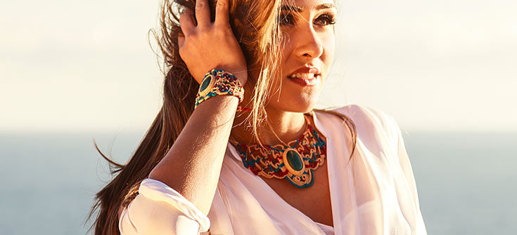 woman jewelry trends